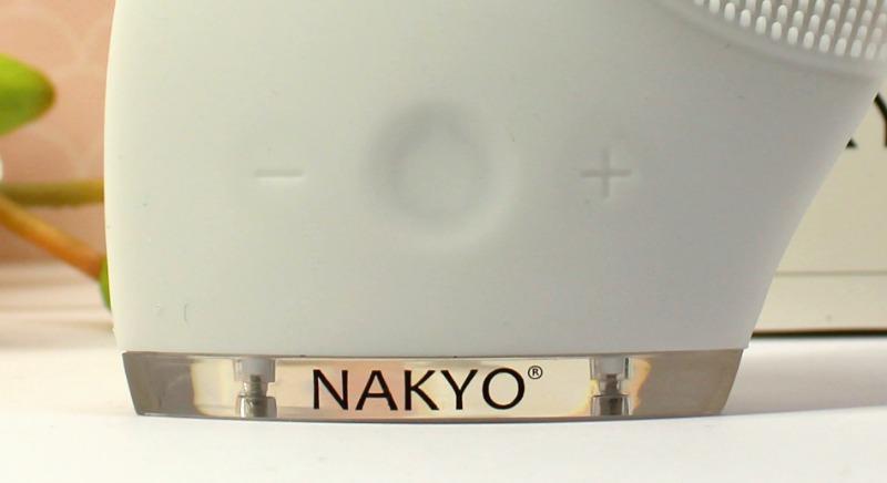 avis-brosse-nakyo